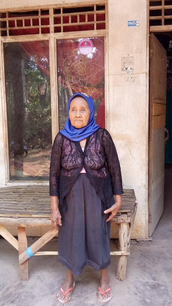 Janda Dan Waria Usaha Inspiratif Mothercare Jawa Timur